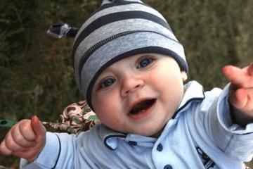 牛年四月出生宝宝起名