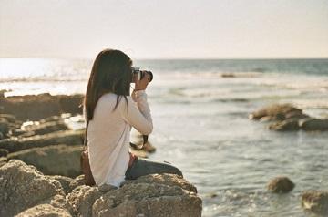 一个人最孤独的时候不是一个人走路