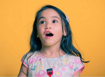 女孩名句喜欢诗经两字-取名网表情包脸女生起名捂图片