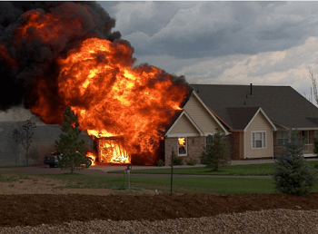 [梦见火烧房子什么意思]梦见火烧房子