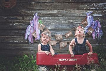 【双胞胎怎么取名字好】双胞胎女孩怎么取一个顺口的名字