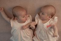 双胞胎女儿取小名大全