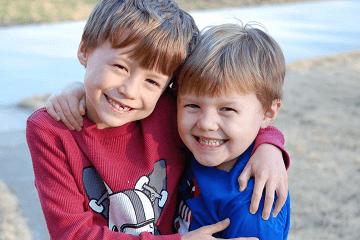 2020男孩双胞胎好听的双叠字名字